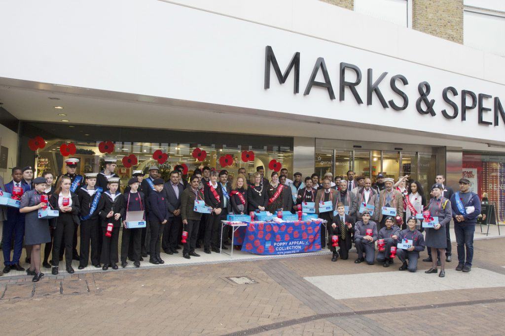Kingston Muslims Gathered To Support Poppy Appeal 2016