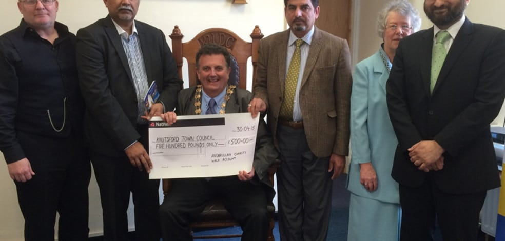 cheque-presentation-knutsford